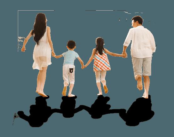 nee pour courir, famille avec jeunes enfants qui court